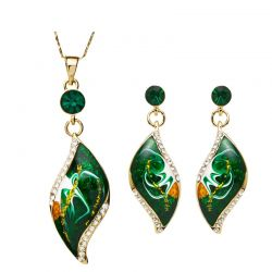 Beautiful leaves shape Czech Rhinestones Enamel  set