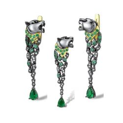 Stunning Silver Jewelry Set Black Color Leopard Sparkling Green Spinel