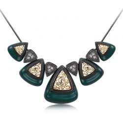Silver Rose Gold Plated Triangular Pendant Necklaces Austrian Rhinestone Green Black White Color